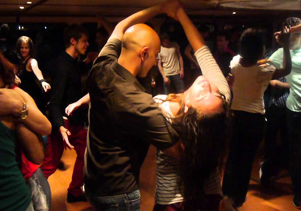 Learn to dance tango argentino